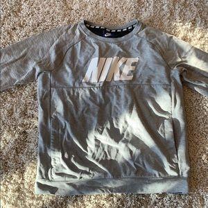 Nike crew neck kids xl